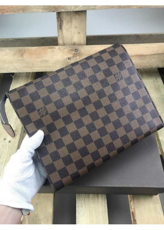 Несессер Louis Vuitton