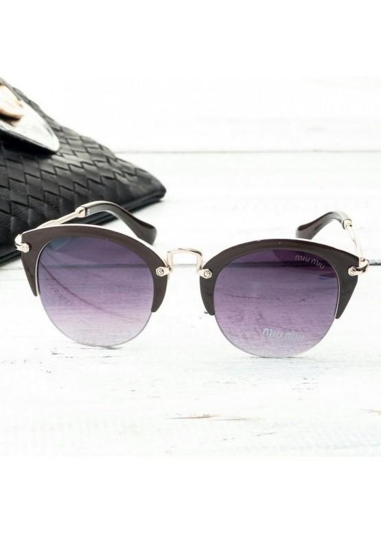 Солнцезащитные очки Miu Miu