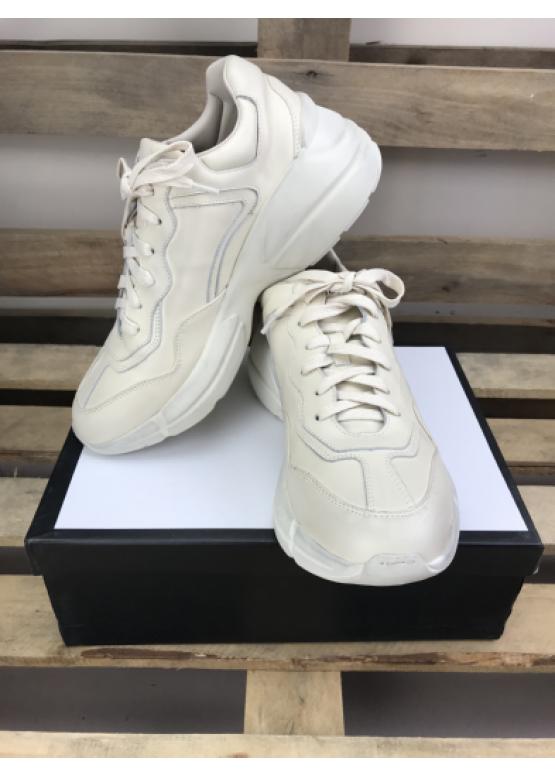 Кроссовки Gucci белые